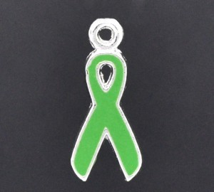 emaille hanger GREEN RIBBON, maat 20x9mm